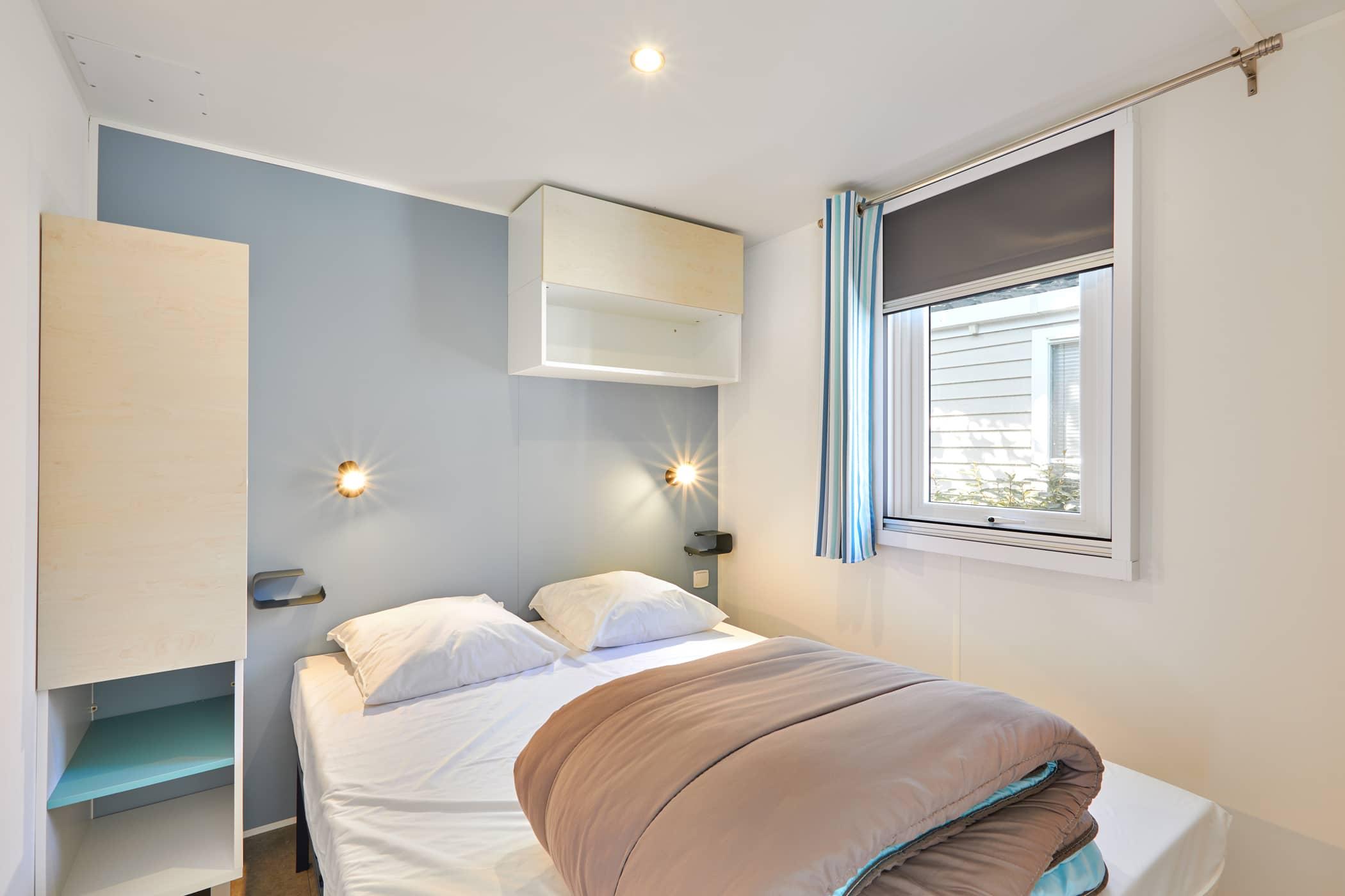 chambre lit double location vacances Châtelaillon Plage