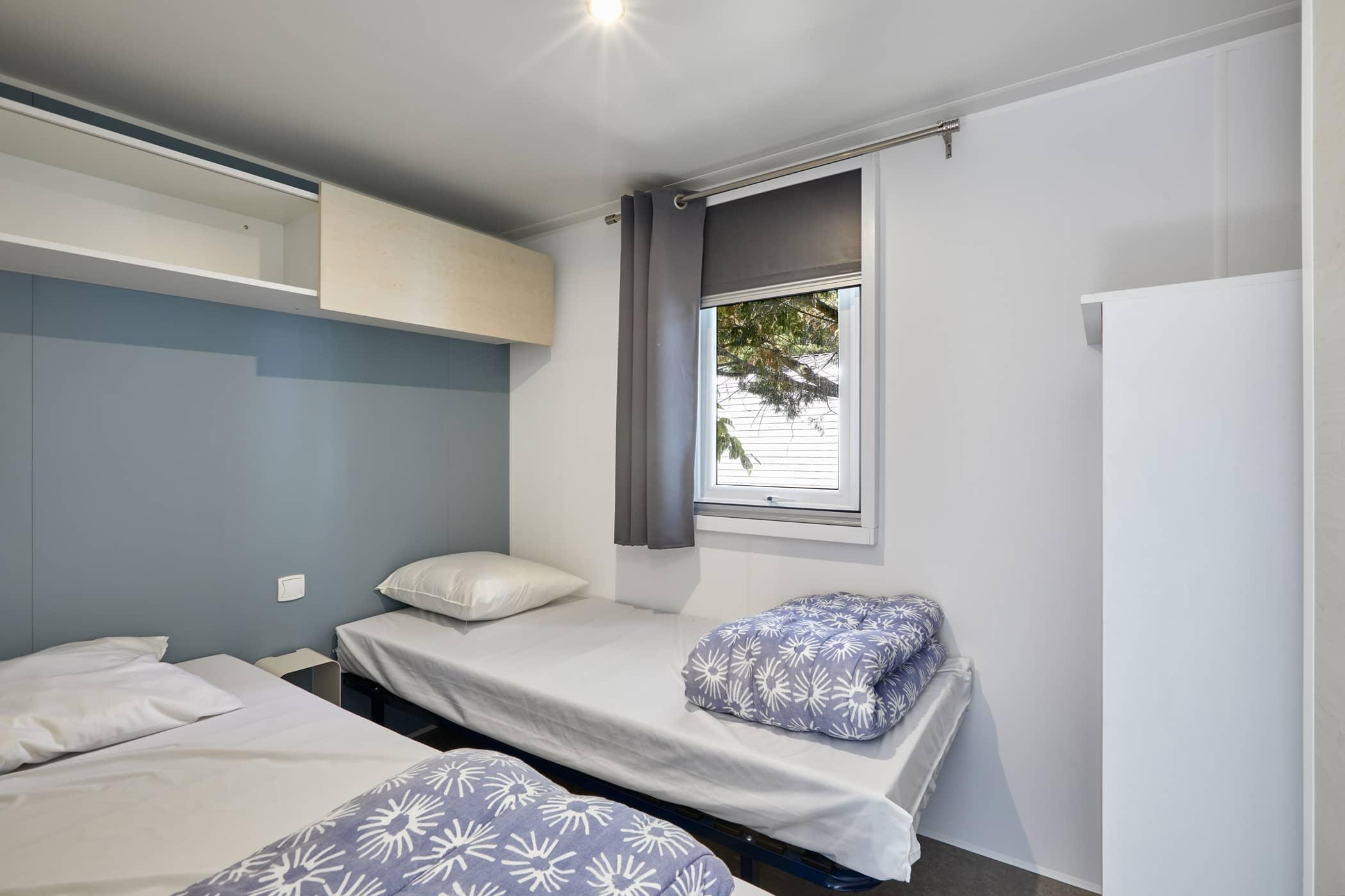chambre lits jumeaux location 4 personnes proche de la mer