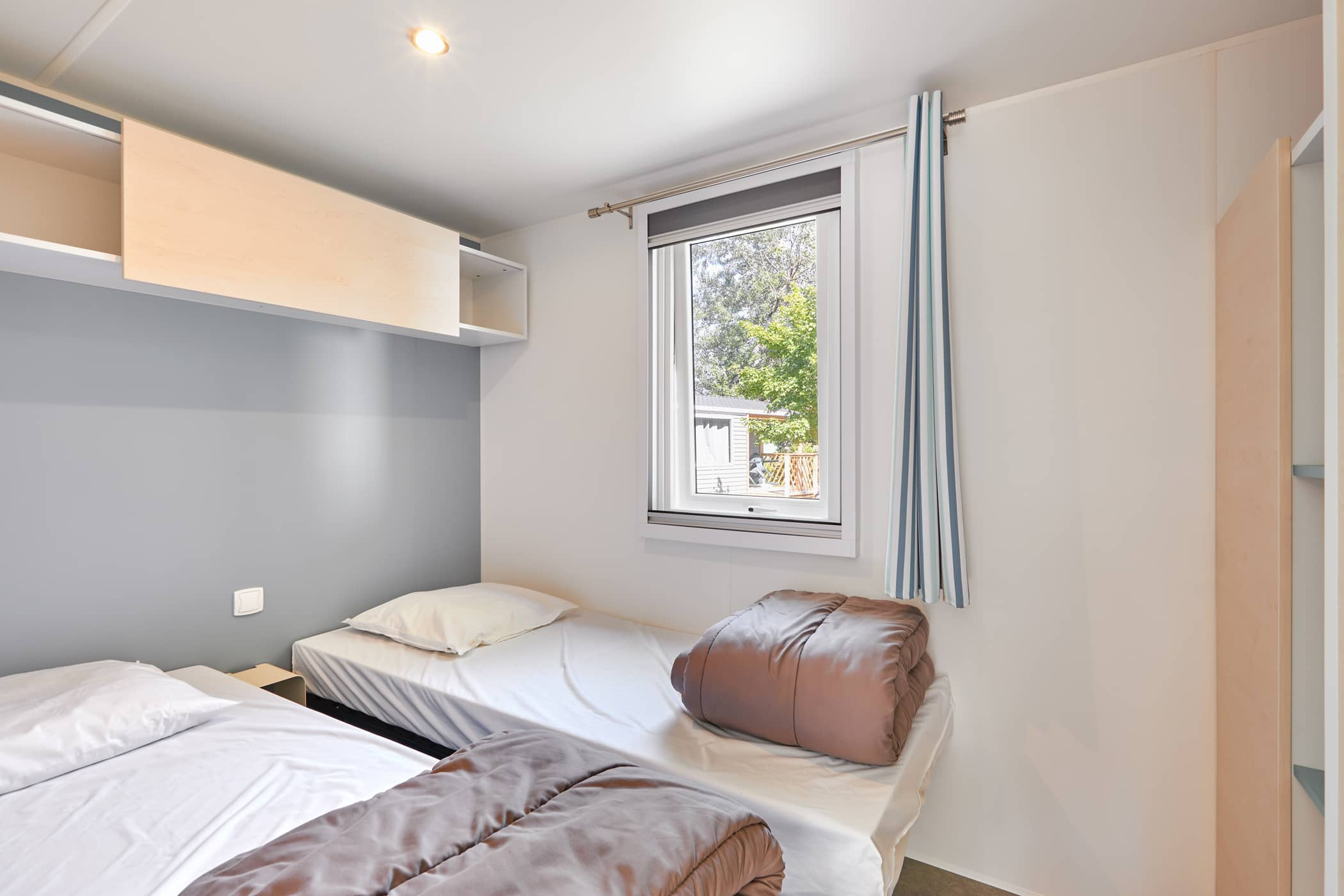 chambre lits jumeaux mobil-home proche La Rochelle