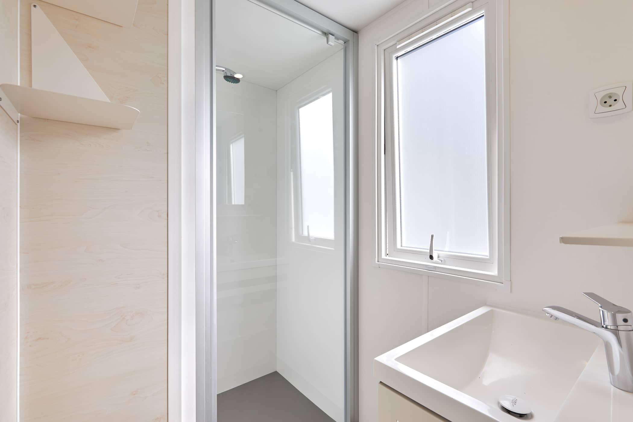 salle de douche mobil-home Châtelaillon Plage